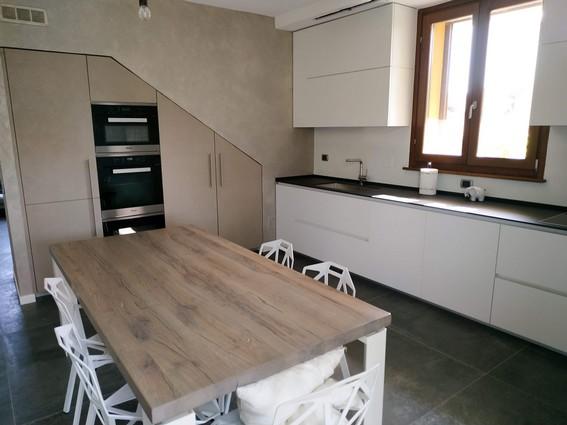 una cucina su misura - cucine ernestomeda e camerette ...